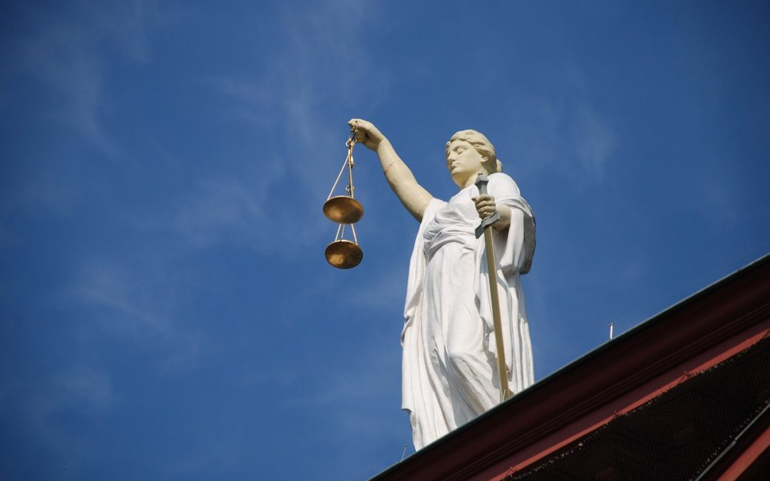 lady-justice-court